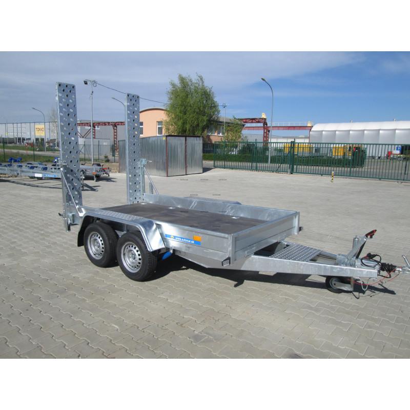 Prívesný vozík B2732HTP na prepravu stavebných strojov